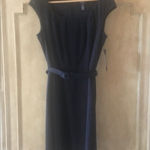 NWT Chaps dress with belt